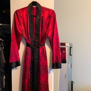 Silky LaVie En Rose robe
